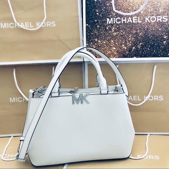 50d59d6ce23e Michael Kors Bags | 368 Handbag Purse Florence Mk Bag | Poshmark